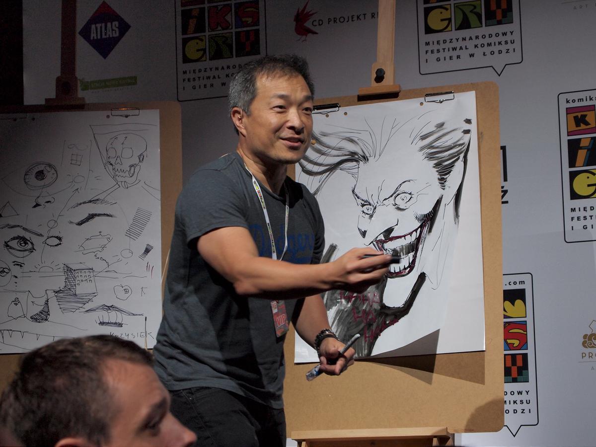 Jim Lee sketching on the big stage